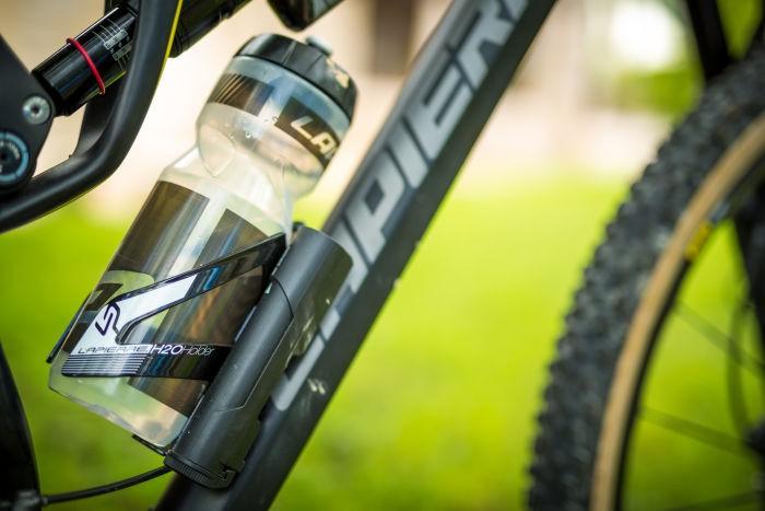 nwm-Lapierre-XR-Bottle Cage-Details-batterie