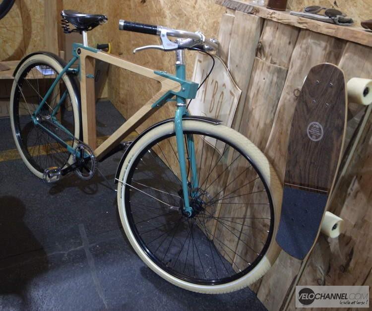 vélo à cadre contre-plaqué