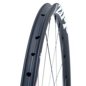 WH-Zipp-30-Course-DB-Tubular-Tire-Bed