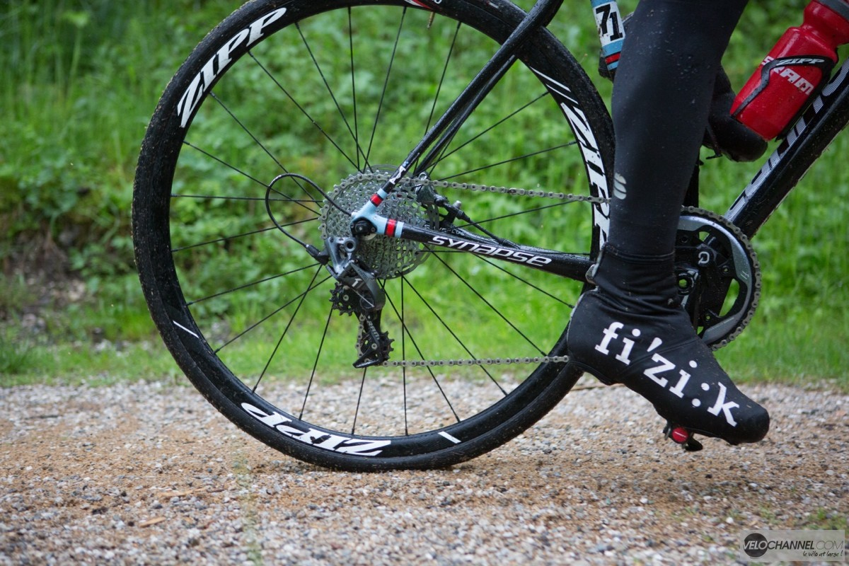 Sram_Force_1_Action 3