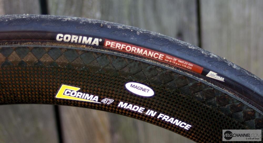 roue et boyau Corima 700x23