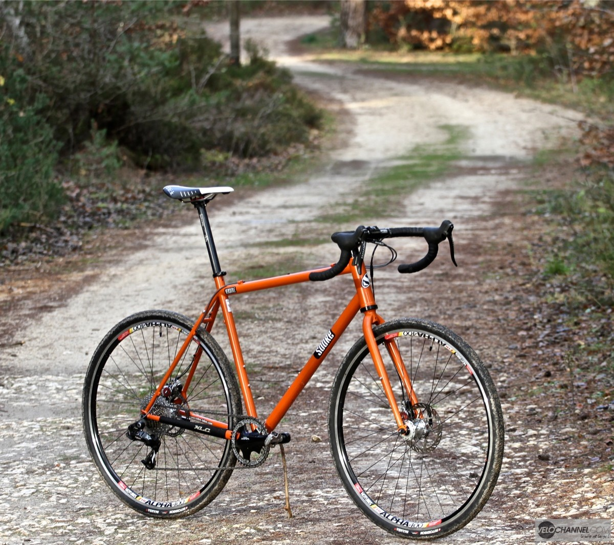 test-sobre-versatile-gravel-orange