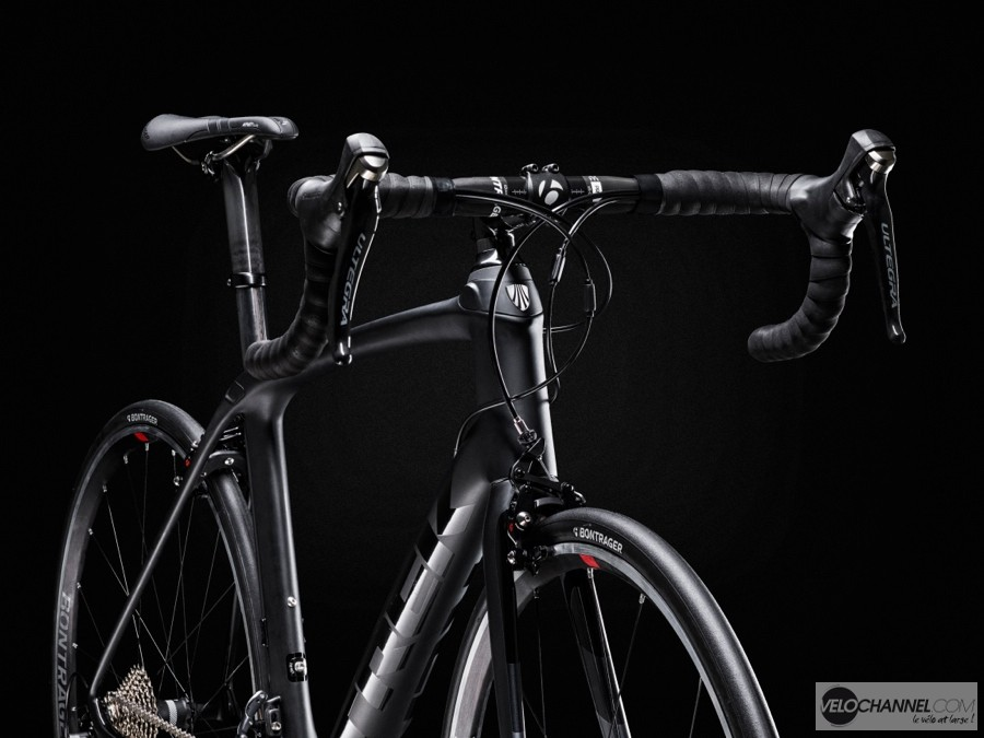 Trek-Domane-avant-IsoSpeed-black