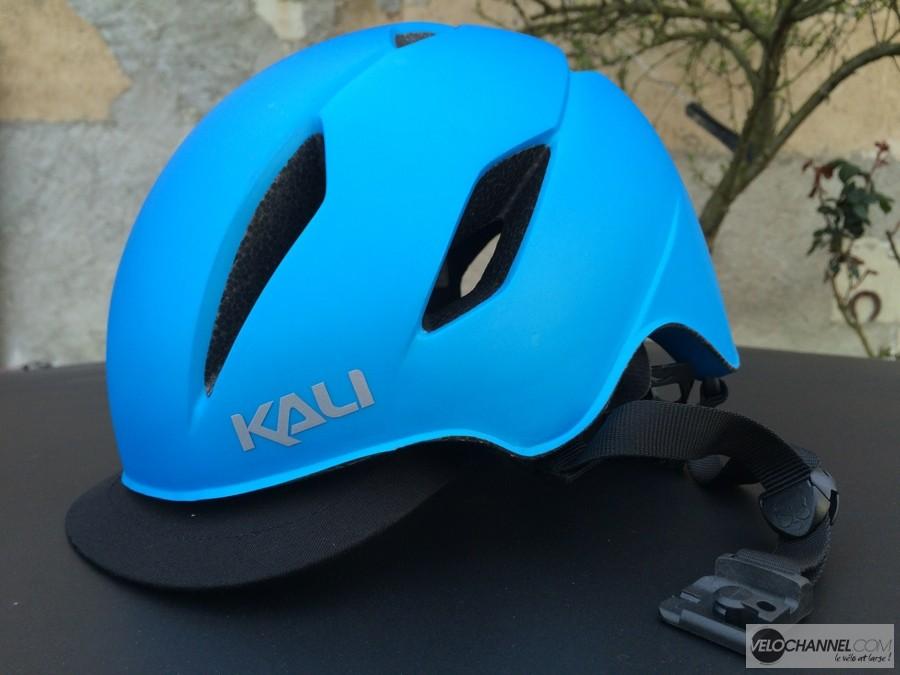test-casque-Kali-Danu-bleu-visiere-amovible