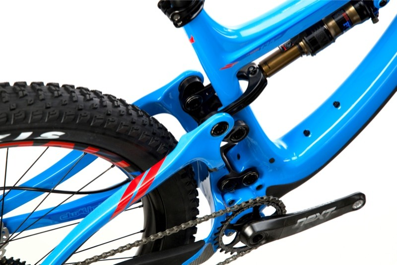 nwm-switchblade-275-plus-blue-tire-clearance-race-face-next-sl