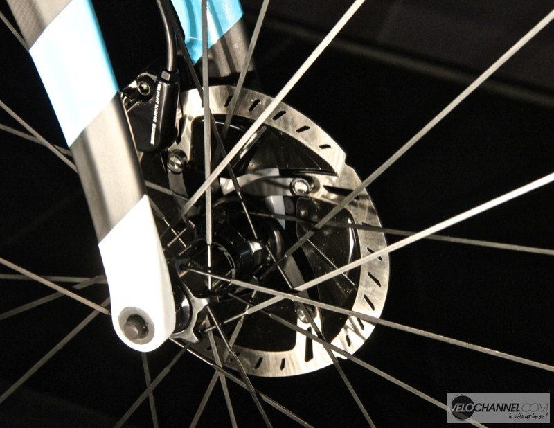 frein-disque-shimano-durrace-disc-9100