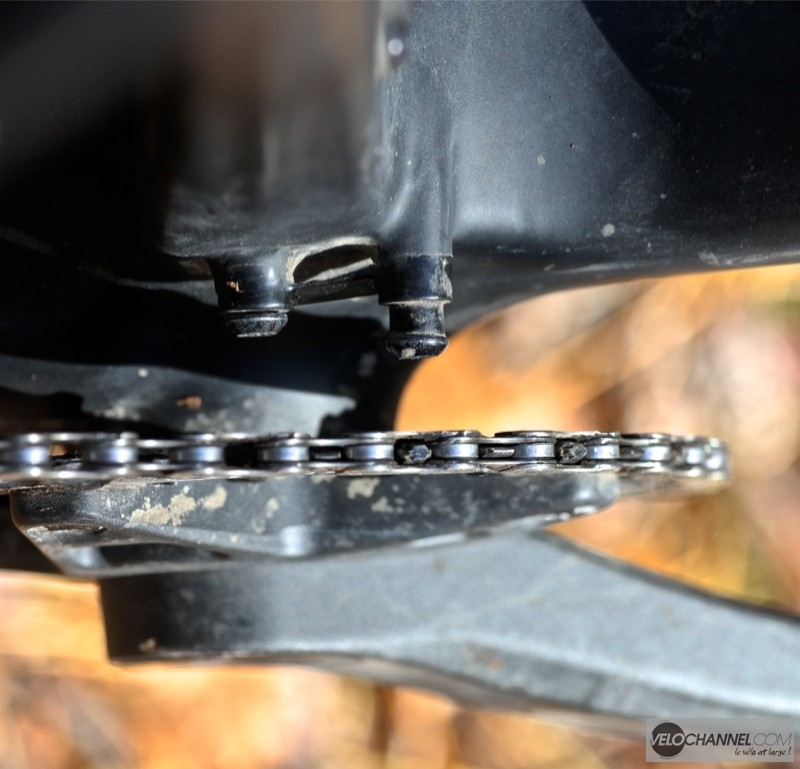 open-one-plus-low-direct-mount-derailleur-avant-fixation