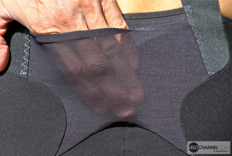 test-cuissard-assos-poche-dos