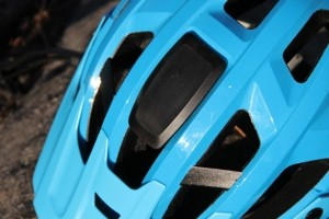 kask-rex-fixation-camera