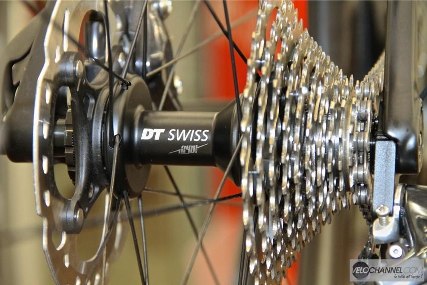 moyeu-arriere-dt-swiss-dicut-240s-new