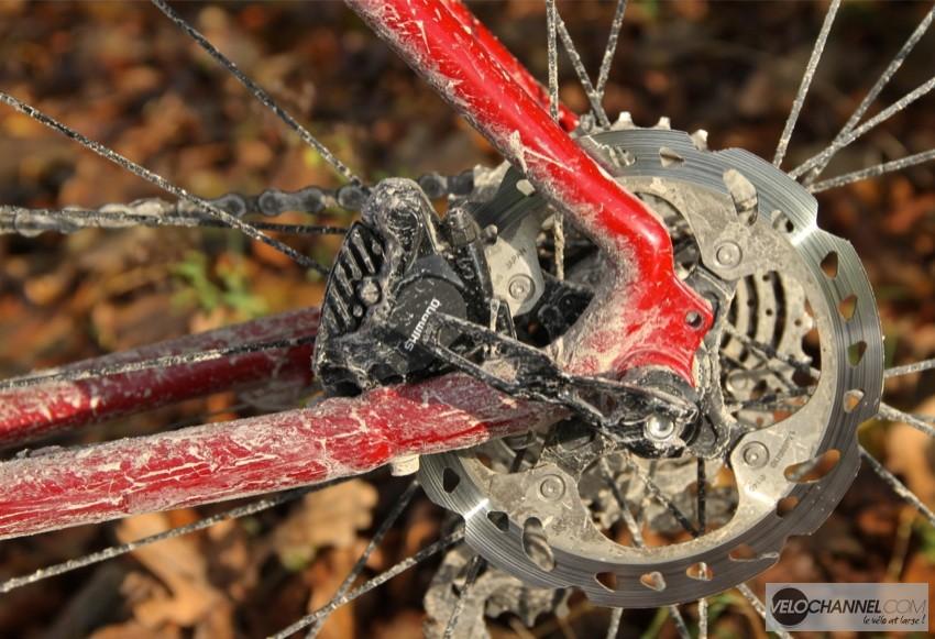 frein-disque-flatmount-shimano-lapierre-gravel-crosshill-boue
