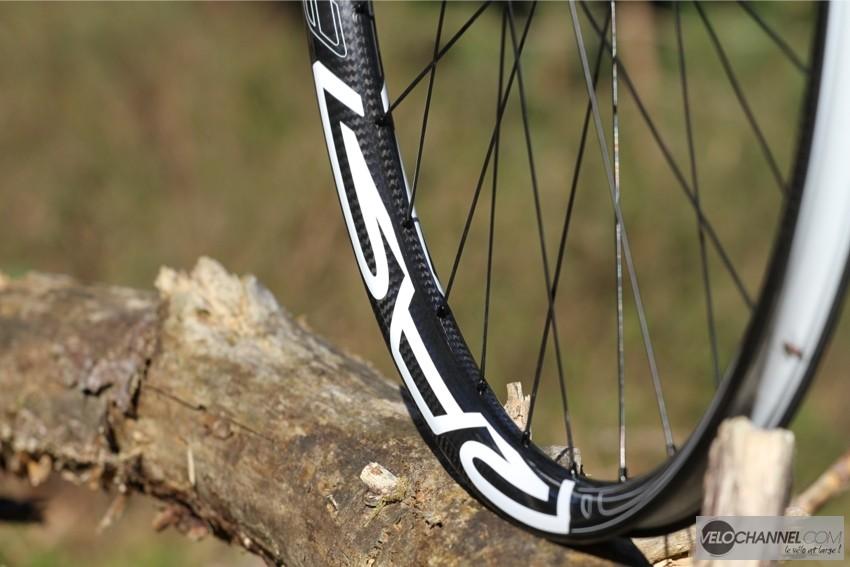 roue-rar-carbone-bois