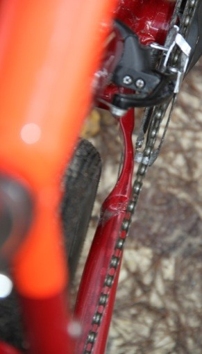verticale-lapierre-crosshill-500-degagement-pneu-bases-pedalier
