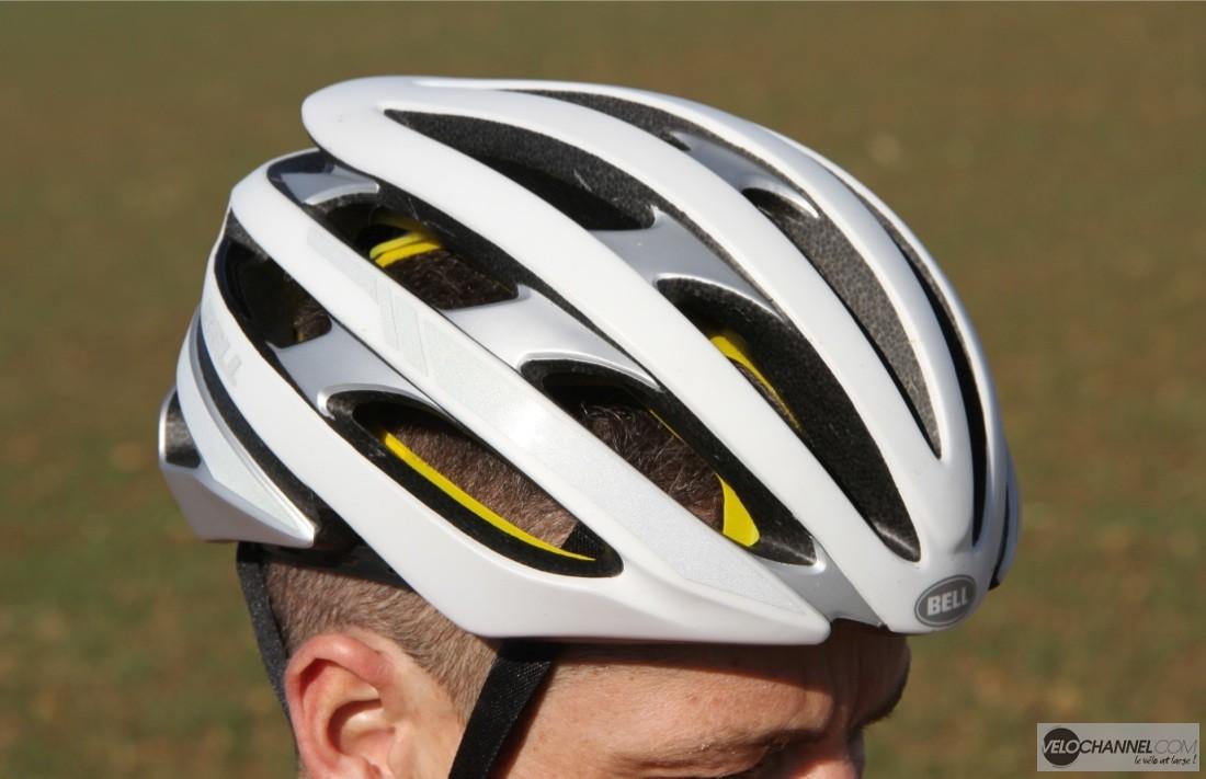 c432904e49d Test du casque BELL Stratus Mips – VeloChannel.com