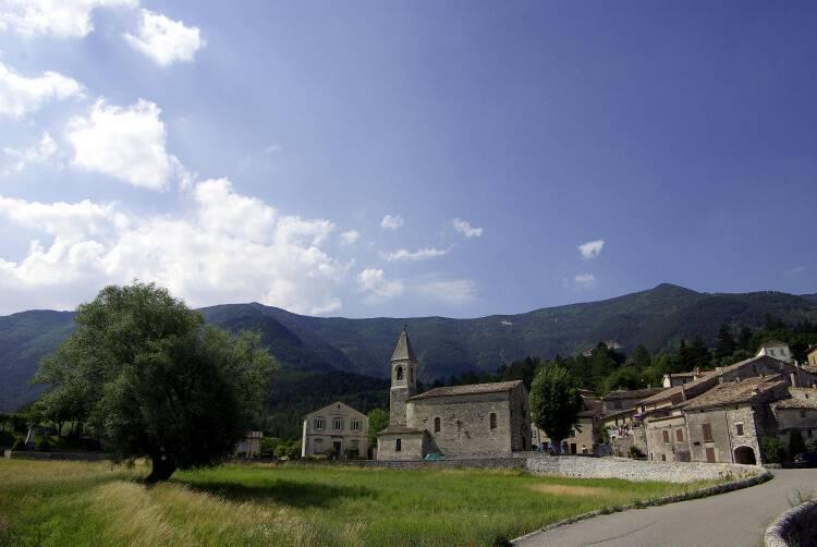 église de Savoillans