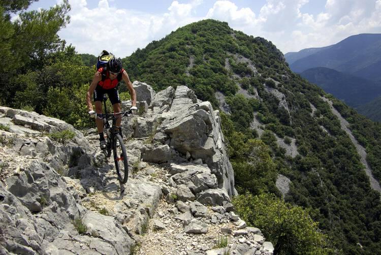 passage sur rocher avec vue